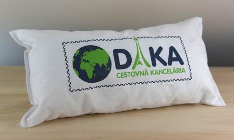 Vankúšik s logom CK DAKA